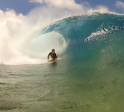 Bodyboarding cook islands