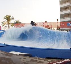 flowrider bodyboarding