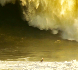 bodyboarder-caught-inside