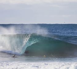 Sam Venn surf photography