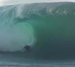 bodyboarding teahupoo big wave