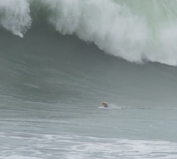 bodysurfing big nazare